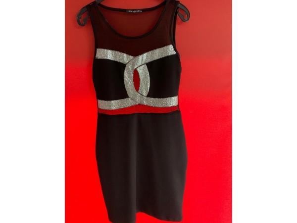 Esra Sönmezer'in Zeynep Nazlı Tasarım Elbisesi