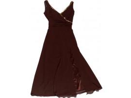 Emine Ün'ün Elbisesi / Kızılay YTÜ Öğrenci Butiğine bağışlanmıştır